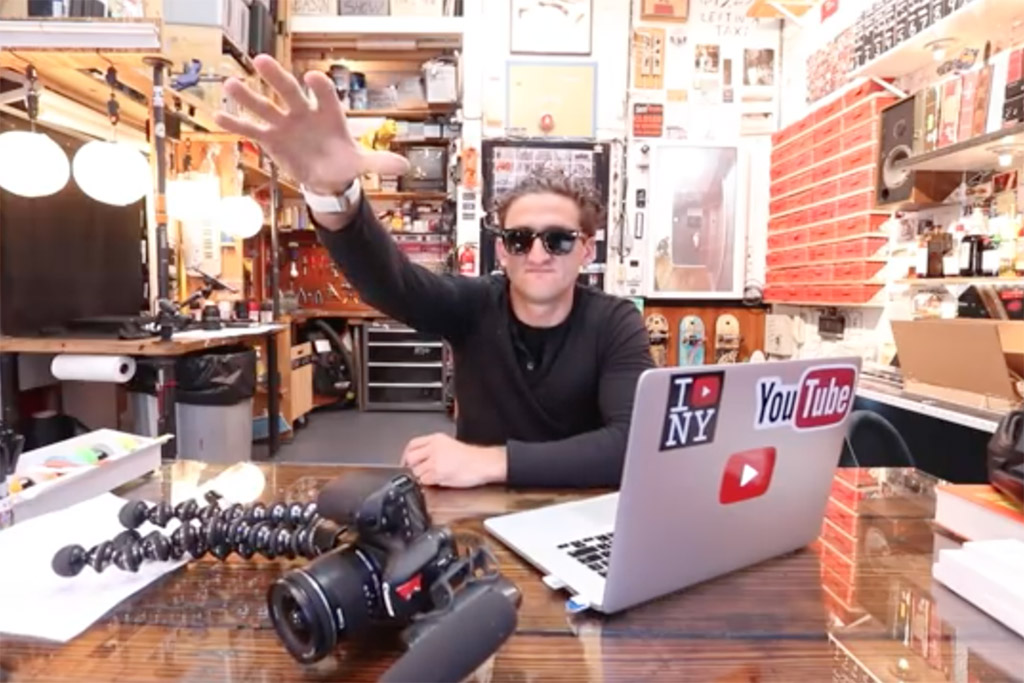 Casey Neistat dropping the mic on his vlog